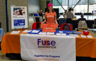 An Eastern Washington volunteer tabling at a local community college campus.